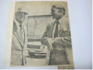 Executive Director of Western Mining Corporation, Sir Laurence Brodie-Hall with Prime Minister, Malcolm Fraser in Kalgoorlie. Photo by Rob Douglas, Kalgoorlie Miner